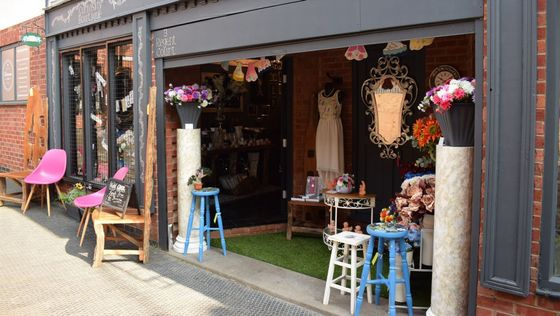 Curiosity Boutique shop front